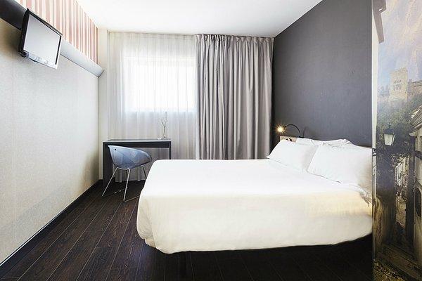 B&B Hotel Granada - фото 1