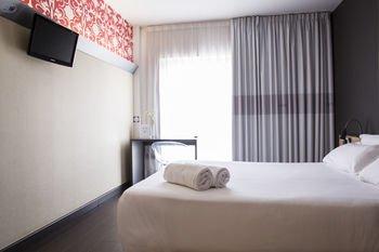 B&B Hotel Granada - фото 2