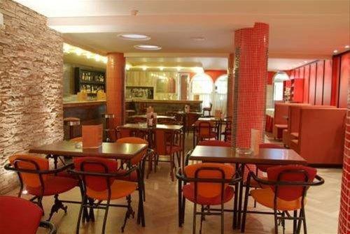 Hotel Cabanas - фото 14