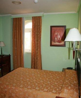 Hotel Cabanas - фото 2