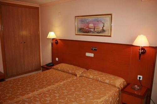 Hotel Cabanas - фото 3