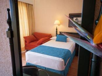 Diverhotel Tenerife Spa & Garden - фото 4