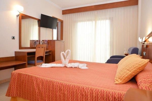 Hotel Portonovo - фото 1