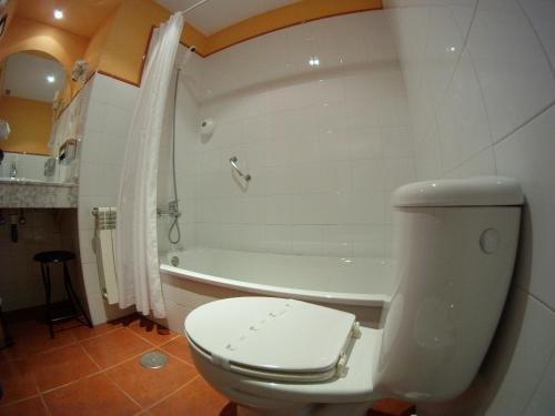Hotel Rural Cuartamenteru - фото 9
