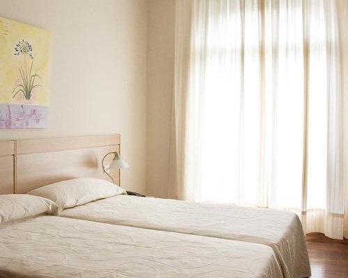 Hotel Apartamentos Dabarca - фото 2
