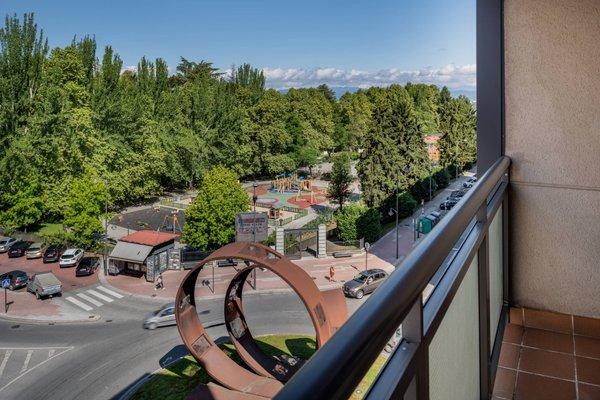 AC Hotel Ponferrada, a Marriott Lifestyle Hotel - фото 21