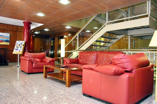 MC Hotel Plaza de Santiago - фото 7