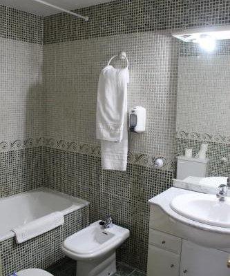 Apartahotel Villa de Parla - фото 11