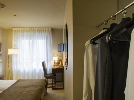 Hotel Pamplona Plaza - фото 11
