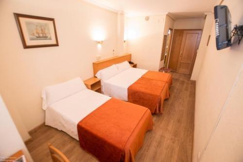 Hotel Colon 27 - фото 50