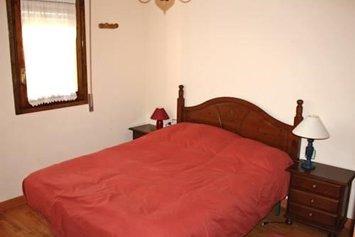 Apartment Urb los Valles Jaca