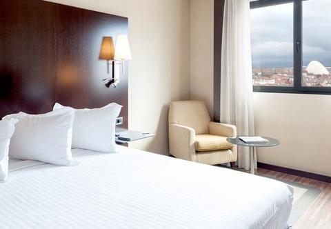 AC Hotel Oviedo Forum, a Marriott Lifestyle Hotel - фото 2