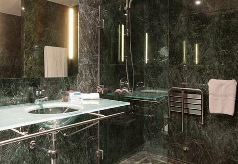 AC Hotel Oviedo Forum, a Marriott Lifestyle Hotel - фото 8