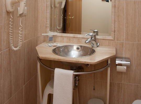 Hotel Confort Oviedo - фото 10