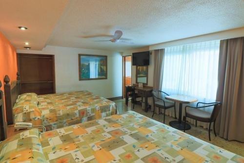 Hotel Habana - фото 2