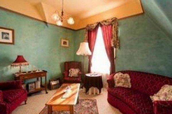 Westella Colonial B&B Accommodation - фото 9
