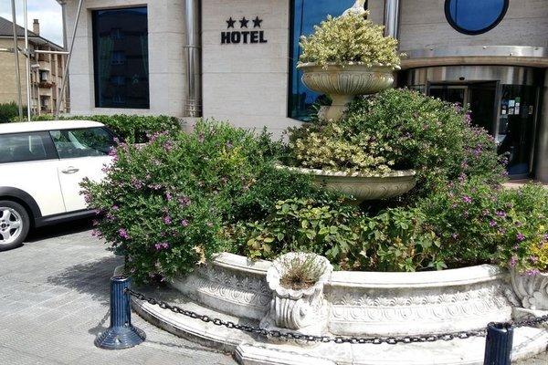 Hotel Nueva Plaza - фото 21