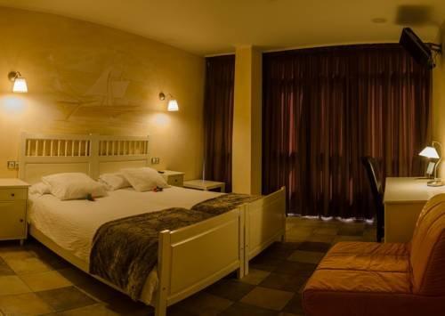 Hotel Zumalabe - фото 2