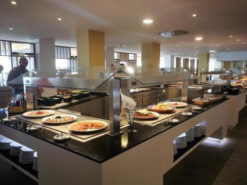 SBH Jandia Resort Hotel - фото 10