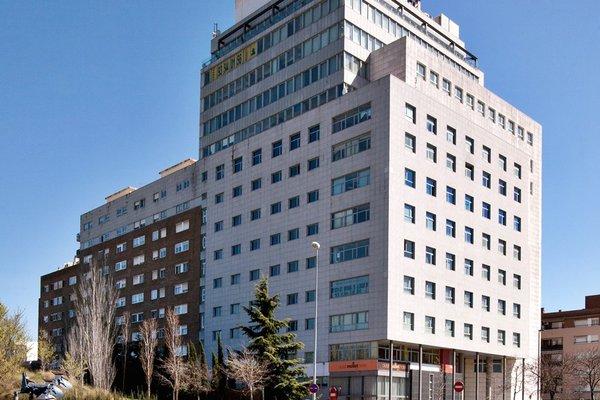 Hotel Porta de Gallecs - фото 11