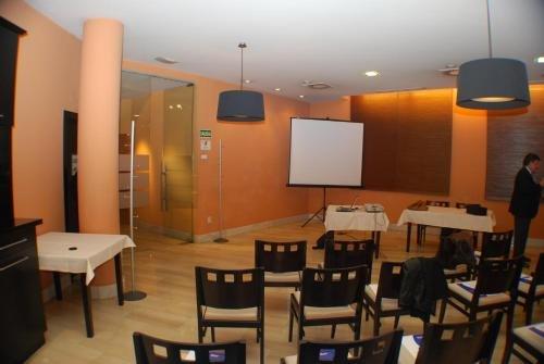 Hotel Sercotel Mieres del Camino - фото 14