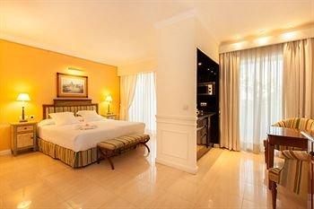 Guadalpin Suites - фото 50
