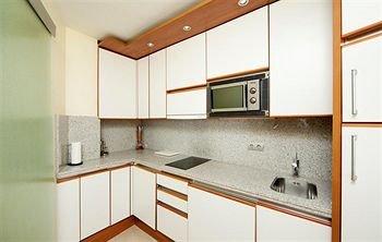 Guadalpin Suites - фото 10