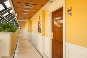 Guadalpin Suites - фото 13