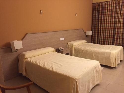Hotel Manzanares - фото 4