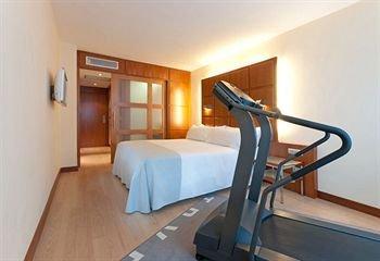 Tryp Valencia Azafata Hotel - фото 4