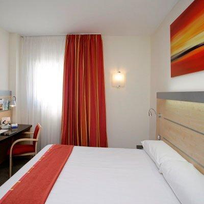 Holiday Inn Express Malaga Airport - фото 3