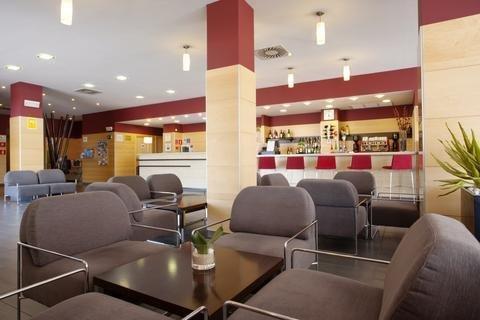 Holiday Inn Express Malaga Airport - фото 8