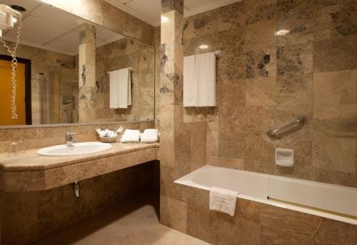 Hotel Don Curro - фото 13
