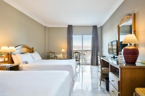 Tryp Malaga Guadalmar Hotel - фото 3