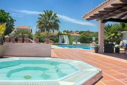 Hotel Malaga Picasso - фото 9