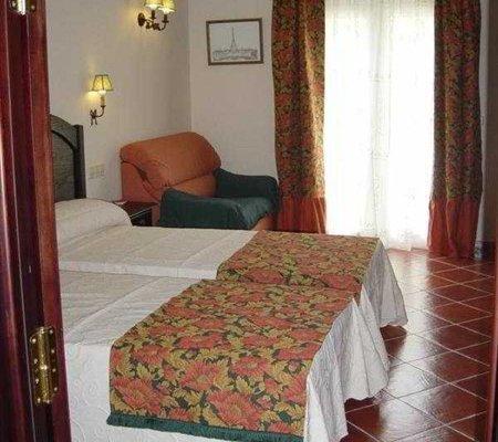 Hotel Malaga Picasso - фото 1