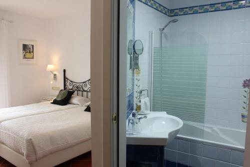 Hotel Malaga Picasso - фото 7