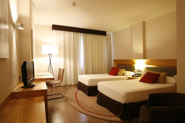 Hotel Guadalmedina - фото 3