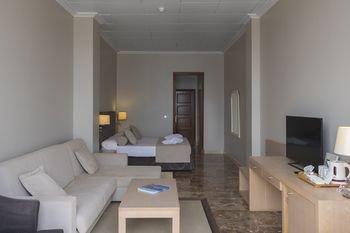 Hotel Port Mahon - фото 4