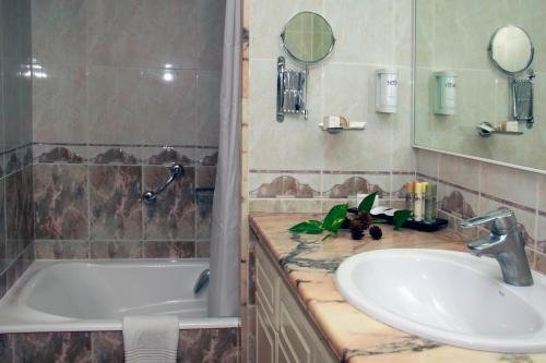 Hotel Port Mahon - фото 9