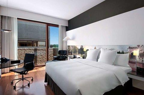 Hilton Madrid Airport - фото 2