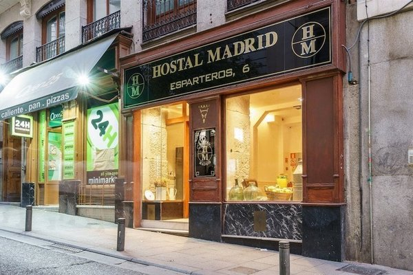 Hostal Madrid - фото 17