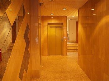 Stylish City Aparthotel Madrid - фото 15