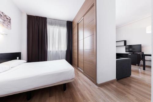 Compostela Suites - фото 50