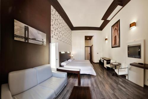 Hostal Alhambra Suites - фото 19