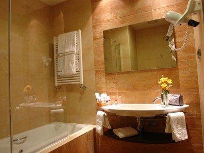 AC Hotel Carlton Madrid, a Marriott Lifestyle Hotel - фото 3