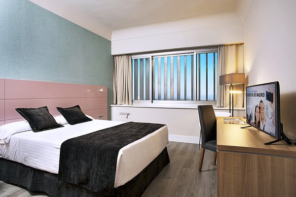 Hotel Weare Chamartin - фото 1