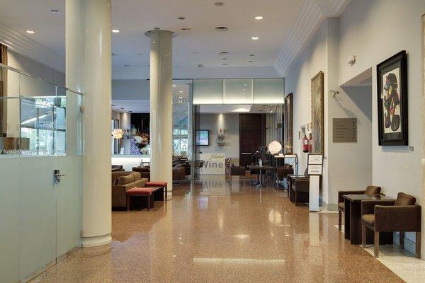 Отель Rafaelhoteles Atocha - фото 6