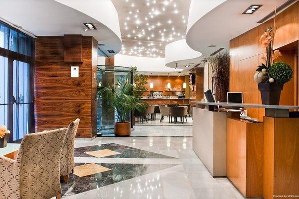 Отель Catalonia Gran Via - фото 12