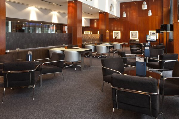 AC Hotel Avenida de America, a Marriott Lifestyle Hotel - фото 6
